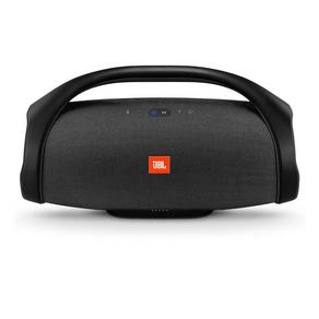 Caixa Bluetooth JBL Boombox 60w Preta, P2, Estéreo, Bateria Recarregável de 20.000 mAh, Resistente à água, Autonomia para 24h, Conecte Mais de 100... GO - 56816